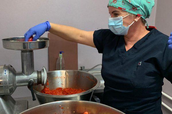Sute de legume conservate pentru hrana pacienților Spitalului de Pneumoftiziologie Sibiu
